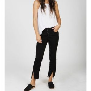 Cropped buttons front jean